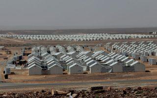 Προσφυγικός καταυλισμός στην Ιορδανία. Οι πρόσφυγες από τη Συρία έχουν υψηλό μορφωτικό επίπεδο και βλέπουν ως χρυσή ευκαιρία τη φυγή προς Σουηδία και Γερμανία.