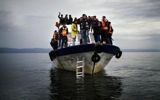 Στην Τουρκία υπάρχουν σήμερα 2 εκατ. Σύροι πρόσφυγες. Απο αυτούς 1,7 εκατ. είναι καταγεγραμμένοι και 300.000 βρίσκονται σε έξι καταυλισμούς.