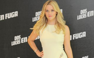 Reese Witherspoon and Sofia Vergara attend a photocall to promote their latest movie 'Hot Pursuit' at St. Regis Hotel.<P><noscript><img width=
