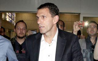 Ο Γκουστάβο Πογέτ εξέφρασε την επιθυμία του να καθοδηγήσει την ΑΕΚ στο κυριακάτικο ντέρμπι με τον ΠΑΟ.