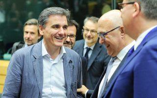 Στο Eurogroup σήμερα θα λάβει και την πολιτική έγκριση η λίστα με τα πρώτο πακέτο των 48 προαπαιτούμενων μέτρων που θα πρέπει να ψηφιστεί έως τα μέσα Οκτωβρίου.