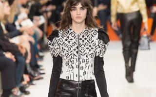 Pixelformula  Louis Vuitton Womenswear  Winter 2015 - 2016 Ready To Wear  Paris