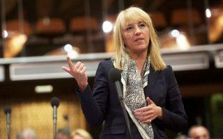 Η κ. Δούρου εγκάλεσε την κυβέρνηση κάνοντας λόγο για «τροπολογία υποβάθμισης του αυτοδιοίκητου».