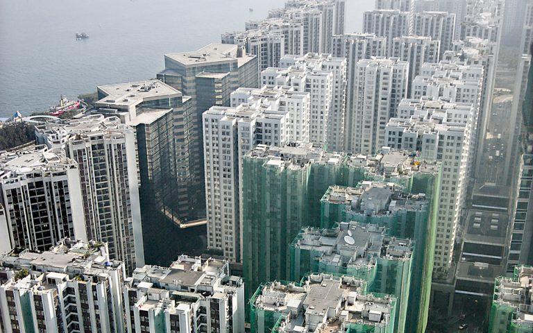 Kίνδυνος «φούσκας» στις αγορές του Λονδίνου και του Χονγκ Κονγκ