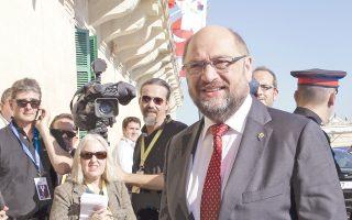 O Μάρτιν Σουλτς ήταν την περασμένη Πέμπτη στη Βαλέτα της Μάλτας για τη σύνοδο κορυφής για το προσφυγικό. Στις 5 Νοεμβρίου επισκέφτηκε τη Λέσβο μαζί με τον Ελληνα πρωθυπουργό.