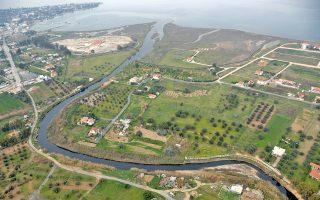 Μόνιμο πρόβλημα της ευρύτερης περιοχής του Ασωπού ήταν το επιβαρυμένο με ρύπους νερό από τις γεωτρήσεις. Τώρα δρομολογείται με έργα του Δήμου Τανάγρας η ύδρευση και άρδευση της περιοχής από την Υλίκη μέσω του δικτύου της ΕΥΔΑΠ.