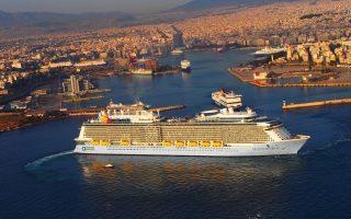 Η κατάσταση προβληματίζει διαχειρίστριες εταιρείες κρουαζιερόπλοιων και, όπως αναφέρουν εκπρόσωποι της ένωσης στην Ελλάδα, υπάρχουν σοβαρές σκέψεις για την τροποποίηση προγραμμάτων δρομολογίων των πλοίων στο μέλλον, αποφεύγοντας τα ελληνικά λιμάνια.