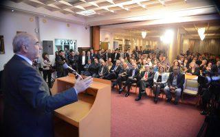 Xθες από τη Σπάρτη ο κ. Μεϊμαράκης έδειξε εντελώς απρόθυμος να συμμετάσχει σε μία τέτοιου είδους διαδικασία καθώς, όπως εκτίμησε, «θα βλάψει τη ΝΔ».