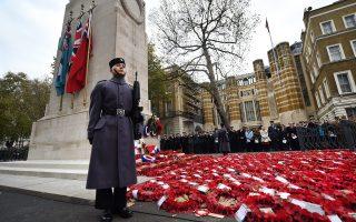 Δύο λεπτά σιγή τήρησε η Βρετανία, προς τιμήν των νεκρών του Α΄ Παγκοσμίου Πολέμου.