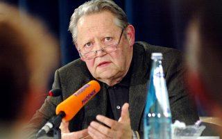 Φωτογραφία αρχείου του Γκίντερ Σαμπόφσκι από το 2004.