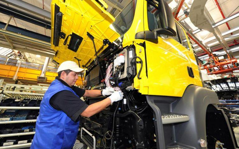 Μείωση γερμανικών εισαγωγών, εξαγωγών τον Οκτώβριο