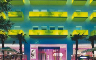 Στην Ελλάδα μέχρι στιγμής, τουλάχιστον, 3 ξενοδοχεία μέλη του δικτύου της Design Hotels θα αξιοποιήσουν τα οφέλη από τη συνεργασία με τη Starwood. Το Νew Hotel στην Αθήνα, το Periscope στο Κολωνάκι και το Semiramis (φωτ.) στην Κηφισιά.