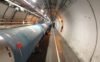 Στον δρόμο των ανακαλύψεων, ερευνητές του CERN.
