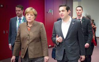 Ο Ελληνας πρωθυπουργός, κ. Τσίπρας και η Γερμανίδα καγκελάριος, κ. Μέρκελ, συναντήθηκαν στο περιθώριο της Συνόδου Κορυφής των Ευρωπαίων ηγετών.