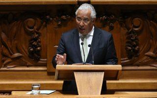Αντιμέτωπος με την Αριστερά, που υποτίθεται ότι στηρίζει τη σοσιαλιστική κυβέρνησή του, βρέθηκε ο Πορτογάλος πρωθυπουργός Κόστα, εξασφαλίζοντας την ψήφιση του νομοσχεδίου σωτηρίας τραπεζών χάρη στην αποχή της κεντροδεξιάς αντιπολίτευσης.