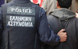 synelifthi-ypoptos-gia-ti-dolofonia-ilikiomenis-sti-nikaia0