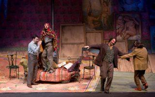 Ματέο Λίπι, Μάτια Ολιβιέρι, Τάσος Αποστόλου και Ακης Λαλούσης συναρπάζουν με τη θεατρικότητά τους στην πρεμιέρα.