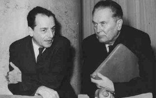 Ο πρόεδρος Τίτο με τον υπ. Εξωτερικών Κότσα Πόποβιτς. Ο Τίτο δημιούργησε το νεόκοπο σλαβομακεδονικό κράτος, αλλά μετά τη ρήξη του με τον Στάλιν έθετε τη διατήρηση των καλών σχέσεων με την Αθήνα ως μείζονα προτεραιότητά του.