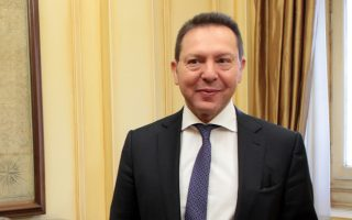 Ο διοικητής της Τράπεζας της Ελλάδος Γιάννης Στουρνάρας χαρακτήρισε μεγάλο λάθος των εταίρων ότι δεν έκλεισε η αξιολόγηση του προγράμματος το φθινόπωρο του 2014, καθώς οι διαφορές ήταν μικρές.
