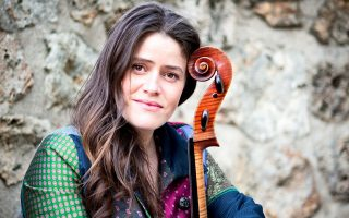 Η εξαιρετική βιολοντσελίστρια Emmanuelle Bertrand θα παρουσιάσει ένα αφιέρωμα στον Henri Dutilleux.