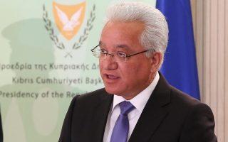 i-nikolaoy-to-mnimonio-itan-kalo-gia-tin-kypro-2119357
