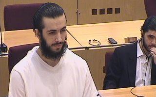 Στιγμιότυπο από τη δίκη του Μιρσάντ Μπεκτάσεβιτς στη Βοσνία.