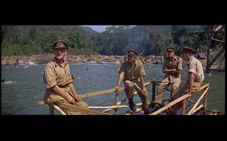 «Η γέφυρα του ποταμού Κβάι» (1959). Ο κινηματογράφος έχει επανειλημμένως αποτυπώσει τα δεινά που υπέστησαν οι 30.000 Βρετανοί και οι 13.500 Αυστραλοί που αιχμαλωτίσθηκαν από τους Ιάπωνες και χρησιμοποιήθηκαν, οι περισσότεροι, στην κατασκευή της σιδηροδρομικής γραμμής που ένωσε την Ταϊλάνδη με τη Βιρμανία (1942-43), γνωστής και ως «σιδηρόδρομος του θανάτου».