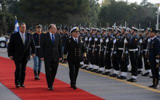 «Η Αγκυρα πρέπει να απέχει από τη στήριξη της ισλαμικής τρομοκρατίας», είπε ο υπουργός Αμυνας του Ισραήλ, μετά τη συνάντηση με τον Π. Καμμένο.