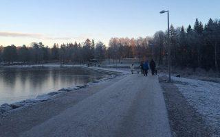 Η λίμνη Σόνσβαν του Οσλο είναι η παιδική χαρά κάθε Νορβηγού που παίρνει παιδιά, σκυλιά και σκι και ξεχύνεται να ευχαριστηθεί τη φύση.