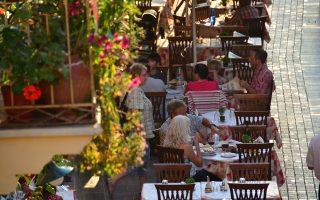 Για το εννεάμηνο οι αφίξεις των Ρώσων τουριστών μειώθηκαν κατά 62,1%, φθάνοντας σε 441.350.