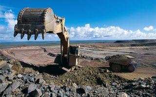Η εταιρεία θα δώσει έμφαση στα καλύτερα ορυχεία της, τα οποία παράγουν διαμάντια, πλατίνα και χαλκό.