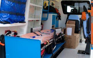 Τα ασθενοφόρα που εκμεταλλεύονται οι εταιρείες τους έχουν εκχωρηθεί από φορείς που δικαιούνται να λάβουν άδεια.
