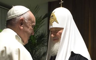 «Είναι προφανές ότι αυτή είναι η βούληση του Κυρίου», είπε ο Πάπας  Φραγκίσκος στον Πατριάρχη Μόσχας Κύριλλο για την ιστορική τους συνάντηση.