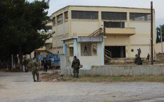 Δύο εγκαταλελειμένα στρατοπέδα κοντά στα Λουτρά της Θέρμης προτάθηκαν για τη δημιουργία κέντρου φιλοξενίας μεταναστών και προσφύγων.