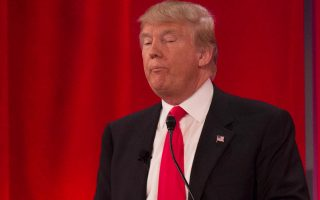 Ο αθυρόστομος Ντόναλντ Τραμπ έχει δώσει άλλον αέρα στον προεκλογικό αγώνα.
