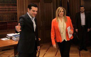 me-protaseis-ston-tsipra-i-k-gennimata0