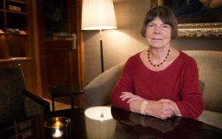 Η 76χρονη Βρετανίδα Μάργκαρετ Ντραμπλ έχει ασχοληθεί με την πεζογραφία, τη βιογραφία και τη λογοτεχνική κριτική.