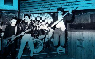 to-punk-is-dead-paramenei-anoichto-2126609