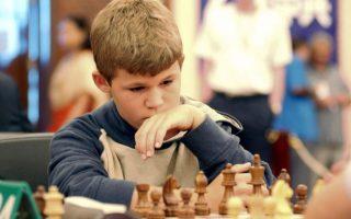 egkainia-gia-to-trito-chessnale-athens-20160