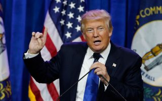 Ο δισεκατομμυριούχος Ντόναλντ Τραμπ θα αποτελέσει όπως όλα δείχνουν –παρά τις αντιδράσεις– τον αντίπαλο της Χίλαρι Κλίντον στις εκλογές για την προεδρία.