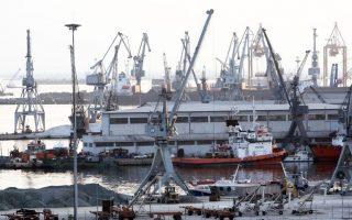 Τις επόμενες ημέρες αναμένεται να αναρτηθεί στο VDR του διαγωνισμού (virtual data room) και η σύμβαση παραχώρησης με βάση την οποία θα λειτουργήσει το λιμάνι της Θεσσαλονίκης όταν ιδιωτικοποιηθεί.