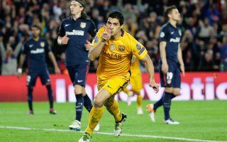 Δύο γκολ του Λουίς Σουάρες έδωσαν τη νίκη στην Μπαρτσελόνα κόντρα στην Ατλέτικο Μαδρίτης.