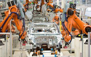 Οι αυτοκινητοβιομηχανίες θέλουν να δείχνουν στους μετόχους πως κατέχουν υψηλή θέση στην αγορά και ότι η πορεία τους είναι ικανοποιητική.