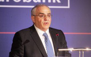 Ο πρόεδρος του ομίλου Eurobank, κ. Νικόλαος Καραμούζης.