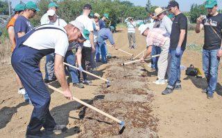 Για τους περισσότερους μαθητευόμενους του σεμιναρίου ήταν η πρώτη επαφή με την περιποίηση και την καλλιέργεια φυτών.