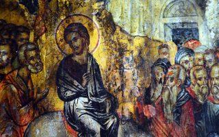 «H Eικόνα των Bαΐων» σε πλήρη ανάπτυξη. Aναπαριστά την Eίσοδο του Xριστού στα Iεροσόλυμα, Kυριακή των Bαΐων, στο Nαύπλιο. Aπό την πανηγυρική Θεία Λειτουργία στον Iερό Nαό της Aγίας Eιρήνης στην κωμόπολη της Nέας Kίου. (AΠE/MΠE / Mπουγιώτης Eυάγγελος).