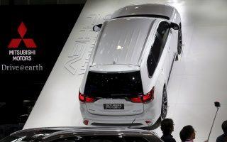 Από τη στιγμή που αποκαλύφθηκε το «κατά συρροήν» σκάνδαλο της Mitsubishi, η χρηματιστηριακή αξία της εταιρείας μειώθηκε κατά 3,9 δισ. δολ. σε διάστημα μιας εβδομάδας.