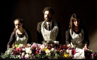 Ξημερώματα Μεγάλης Παρασκευής. Η Νεφέλη Σωτηράκη, ο Κωνσταντίνος Ντέλλας και η Κωνσταντίνα Μαρδίκη παρουσιάζουν την «Αγρυπνία του πάθους».