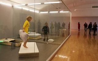Στο αφιέρωμα «As One» το κοινό κάνει μια γνωριμία με τη σωματική διάσταση της σύγχρονης τέχνης, μέσα από την περφόρμανς.