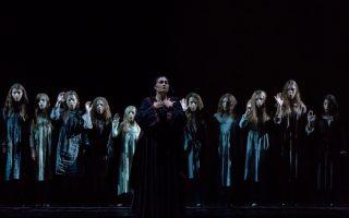 Η «Φόνισσα» είναι μία one woman's opera, αφού η πρωταγωνίστρια τραγουδάει συνεχώς σχεδόν επί δύο ώρες.